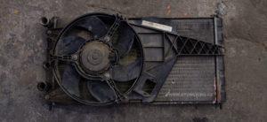 Felicia 1.6 s klimatizací chladič